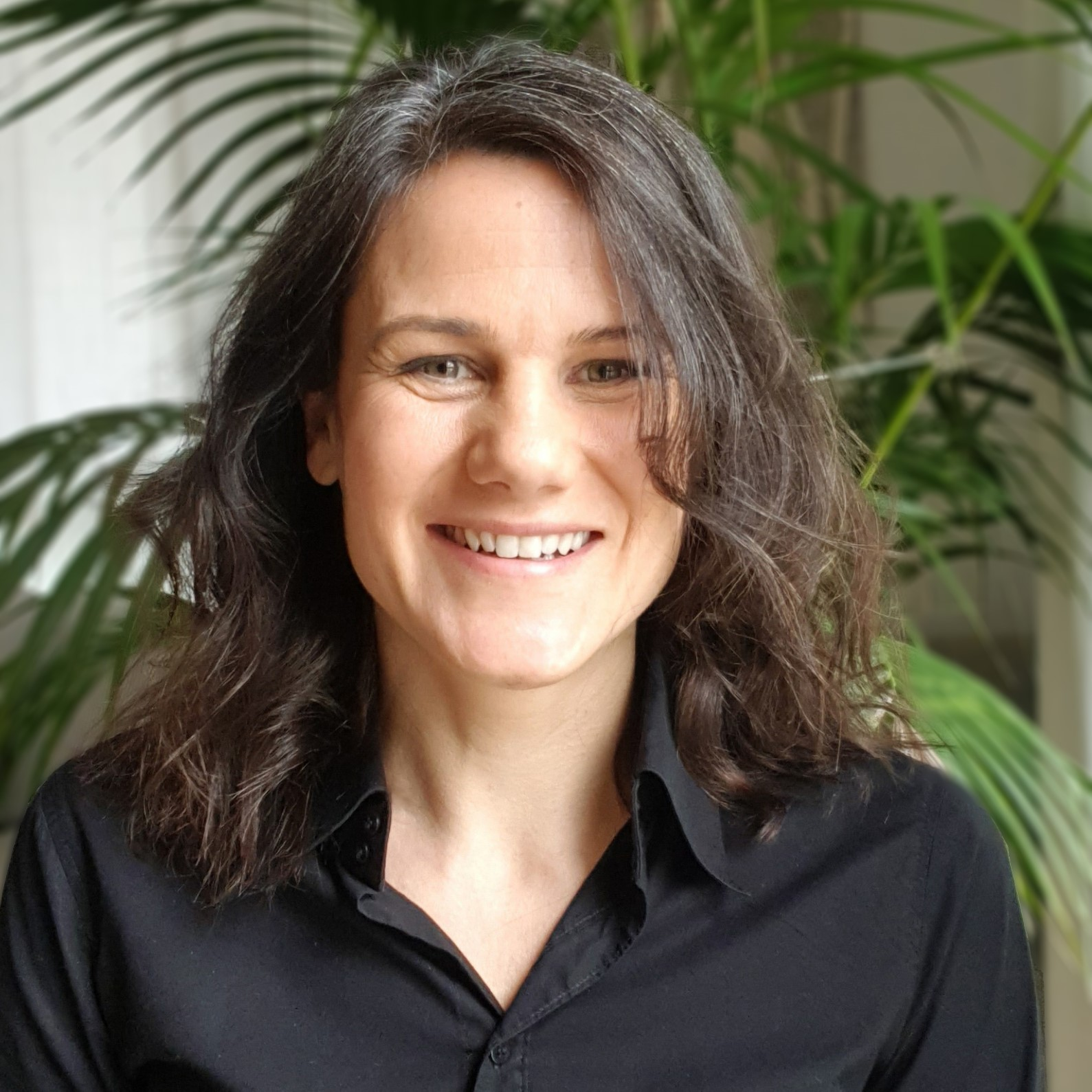 Sarah Houdus